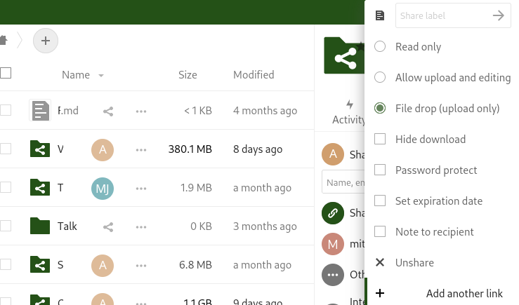 Nextcloud dashboard with the share link dialog